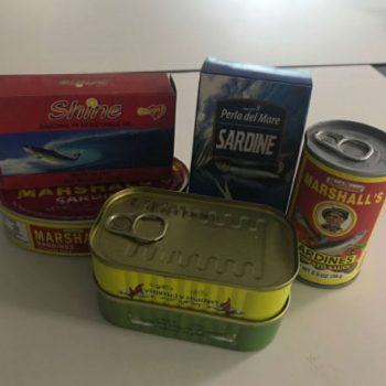 wholesale canned sardines with vegetable oil/tomato sauce from morocco 1-12